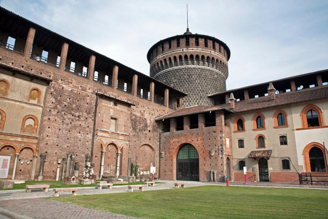 Κάστρο των Σφόρτσα, Μιλάνο