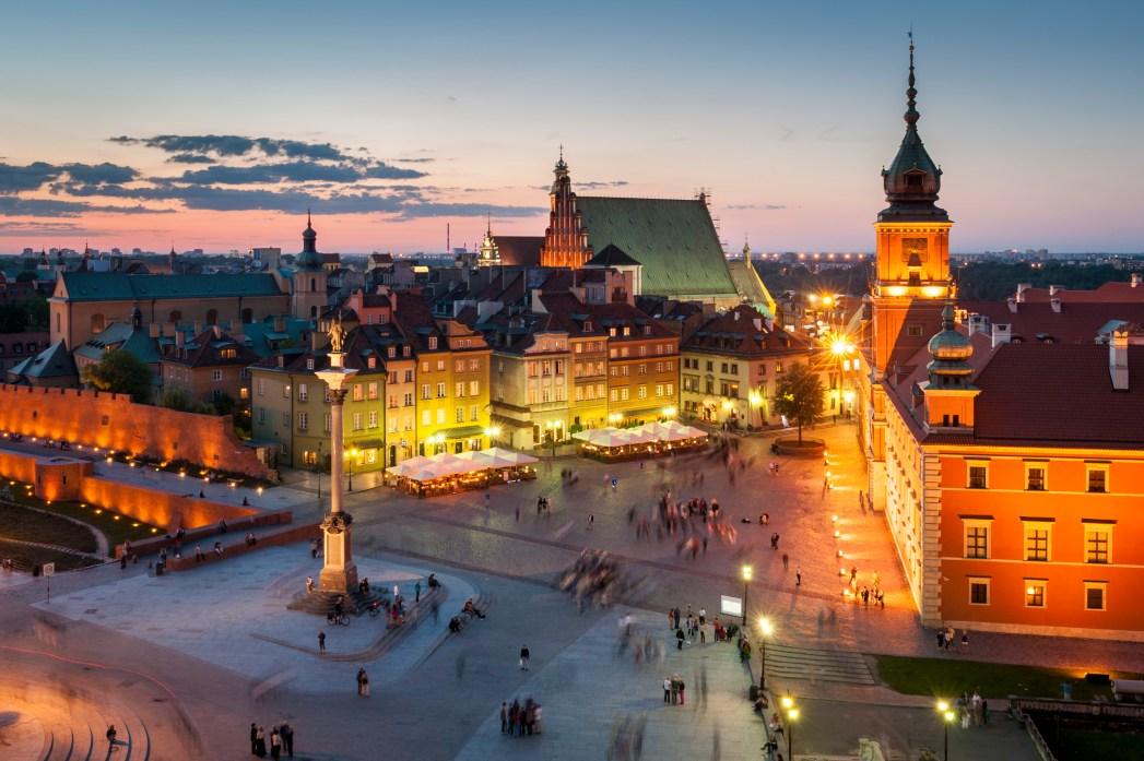 Η Παλιά Πόλη της Βαρσοβίας το σούρουπο από ψηλά