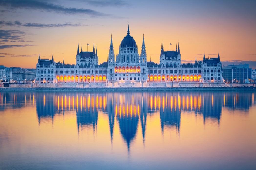 Ουγγρικό Κοινοβούλιο, Βουδαπέστη
