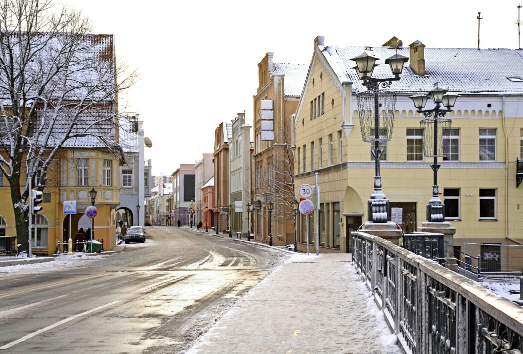 Η χιονισμένη πόλη Κλαϊπέντα στη Λιθουανία