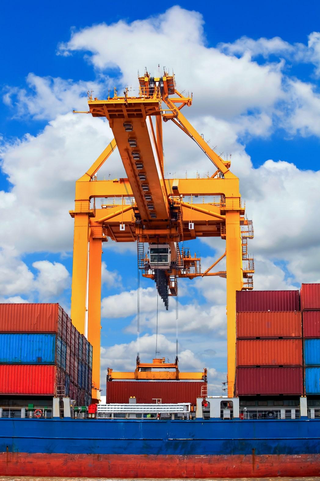 Containers στο λιμάνι του Ρότερνταμ