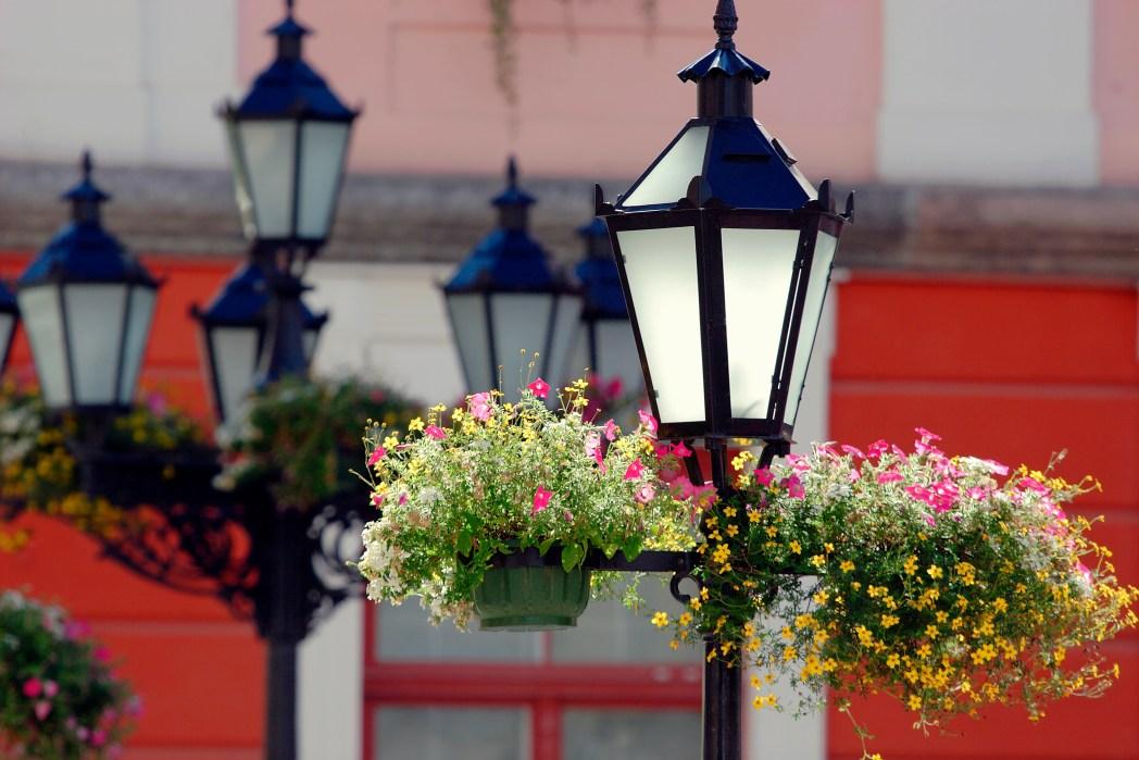 Οι όμορφες λάμπες που κοσμούν την πόλη Τάρτου της Εσθονίας